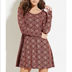 Patterned burgundy dress